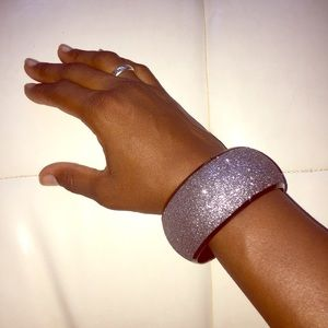 Jewelry - Sparkling bangle bracelet